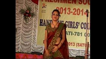 girl bra removing blouse chennai having saree ans sex Threesome ebony latina