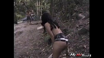 lift butt brazilian Amateur slave tit hanging