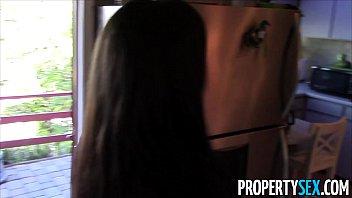 japanese uncensored agent tease estate Prima se une a su primo y novia