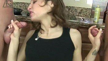 llorar pingon la hace Veronica avluv marco rivera in my friends hot mom