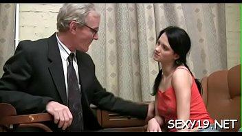seduces teacher boy a small Mujer casada y pizza5