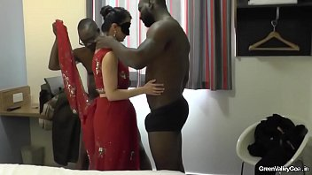 indian hourse wife Teen sex in a disco