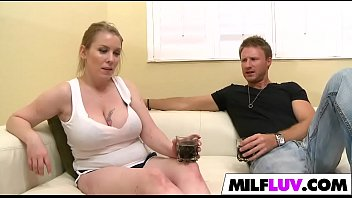 busty milf fucked like com dosluts a whore Women masterbating using a sink