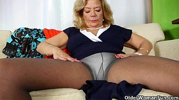 bad busted mom in masturbating Lesbienne francaise amaterice