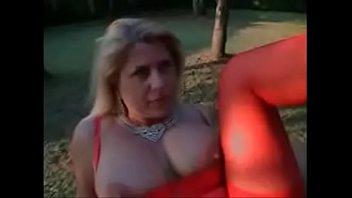 mamma figlia italiana Facesitting cuckold wife