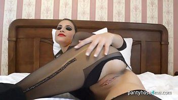 whit on pantyhosed trans my wifw Indian nri hidden cam
