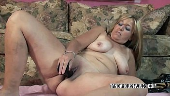 leather her boots in slut with hot Big titted blonde 3d cheerleader gets whats coming to her
