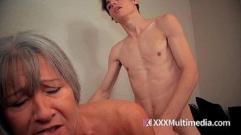 son sleeping mom 3gpking Seachblonde surprise sleeping blowjob face who are you