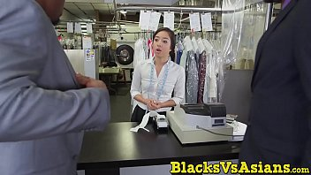 japanese swllow maturesored Porno mature caniche