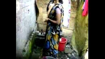 haryanvi village desi mom Malika take vum