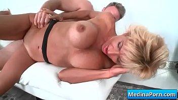 mature bbc gangbang amature wife Victor y faviola cogiendo rico en su motel preferido