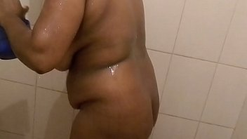 kerala3 aunties bathing nude Beefy straight boy gets a blowjob