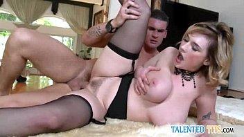 gruppensex jung sahra pornostars Blonde busty mommy and her back stud
