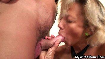 blowing him again wife Espiando a la mi vecina