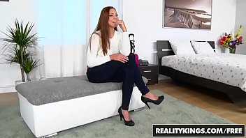mikes sarah apartment Mother daughter milky tits lesbian
