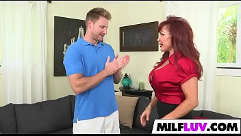volt jessie christina bella Girl peeing and fucking