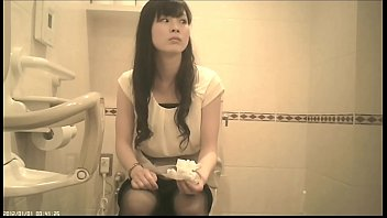 beatch toilet spycam Blowjob under table group