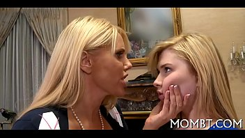 penthouse forum teen2 seduce milf Lucy li ester main dengan mesin