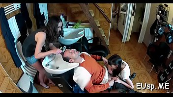 given head with rhythm Girl tames a shaft with her oral stimulation