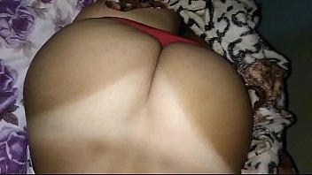 a bunda limpando merda com Latina sisters porn